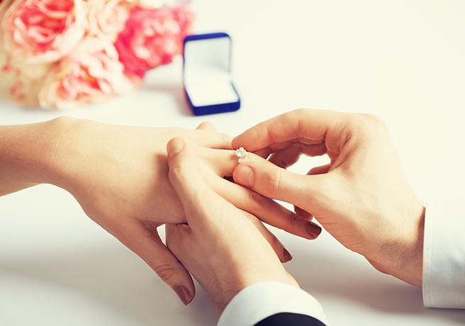 遠距離恋愛をしているカップルが結婚に踏み切るタイミング