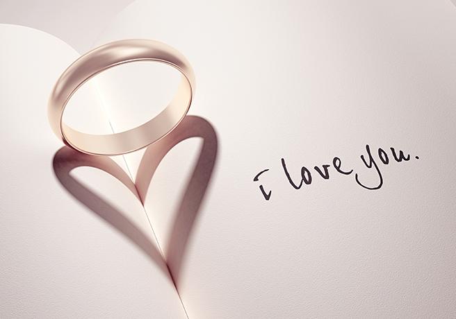 アナログこそ究極のサプライズ?ロマンチックな「伝言プロポーズ」