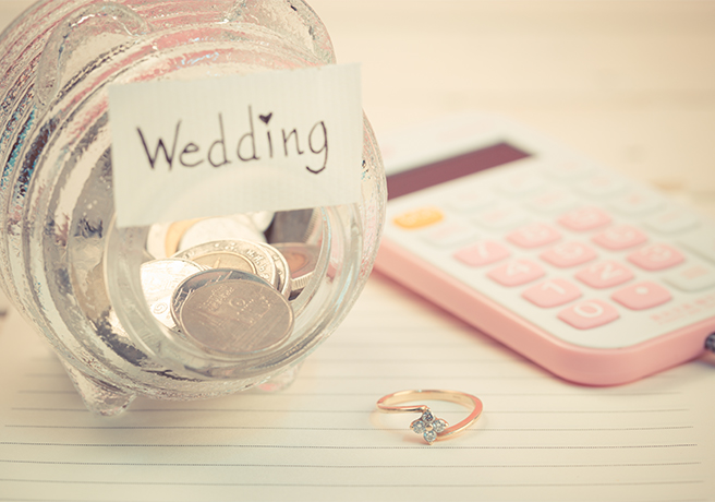 いつまでに必要? 結婚式の費用相場と用意しておくべき時期