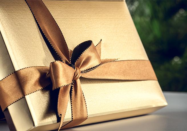 【女性必見!】プロポーズのお返しはコレがオススメ! 彼が喜ぶプレゼント5選