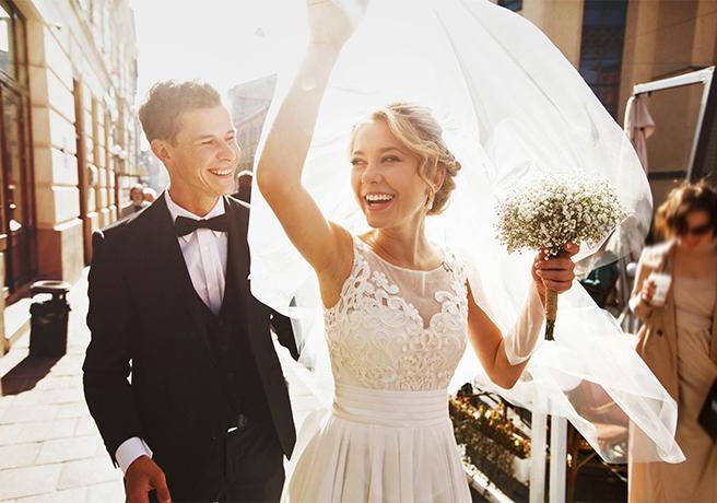 「マナー」を守って! SNSで結婚報告をするときの注意点とは