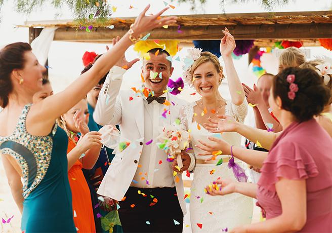 結婚式の新定番? オシャレに楽しみたい1.5次会の魅力とは?