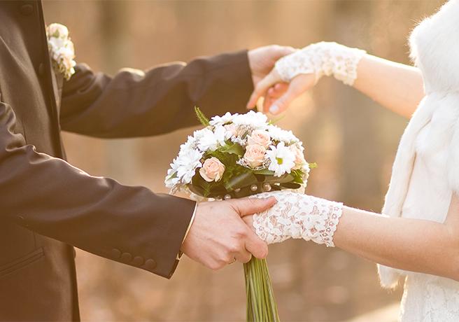 これが結婚式の新しいカタチ。人気の「人前式」とは?