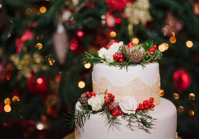 クリスマス結婚式の雰囲気を満喫! 会場装飾アイデア6つ