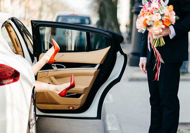 個性や流行を取り入れたい方必見! 結婚式の変わりダネ招待状の種類