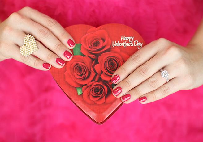 赤いハートのバレンタインプレート